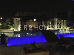 An Outstanding 4 Bedroom Villa in Jumeirah park for Rent