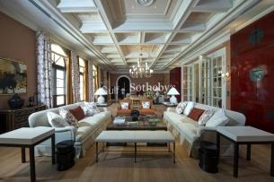 8 bedroom villa for sale in Emirates Hills, Dubai